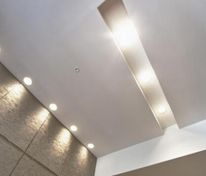 Paneles decorativos y techo de pladur Vilanova i la Geltrú
